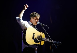 music-marcus-mumford-mumford-and-sons-glastonbury-2013