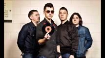Arctic-Monkeys-AM-HD-Desktop-Wallpaper.jpg