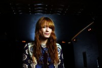 la-ca-ms-florence-and-the-machine-20150531.jpg