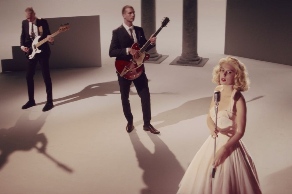 Wolf-Alice-Beautifully-Unconventional.jpg