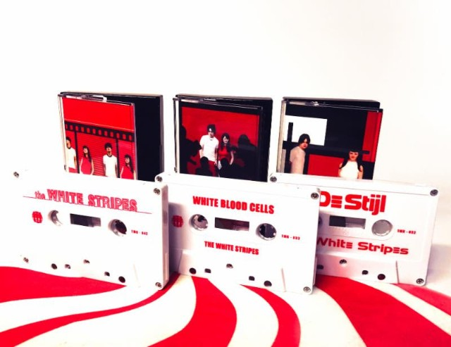 White-Stripes-cassettes-1507735304-640x493.jpg